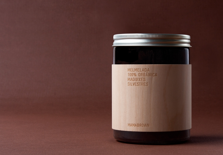 Packaging design for Spanish organic produce maker Mamabrown. Palamós, Girona 2008