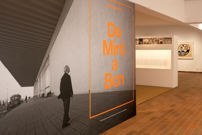 Fundació Joan Miró / De Miró a Barcelona. Exhibition Graphics / Museography: Lluís Pau. 2014